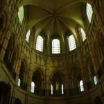 Gražus romaninio ir gotikinio stiliaus derinys