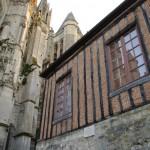 Viduramžių biblioteka šalia katedros