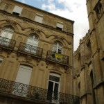 Išskirtiniai Narbonne namų metaliniai balkonėliai
