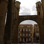 šios kolonos pastatytos jau pastaraisiais amžiais