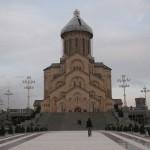 Didžiausia bažnyčia Gruzijoje - Tbilisio Sameba katedra, veikianti, bet vis dar tvarkoma.